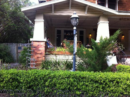 Grady House Bed and Breakfast: Just beautiful