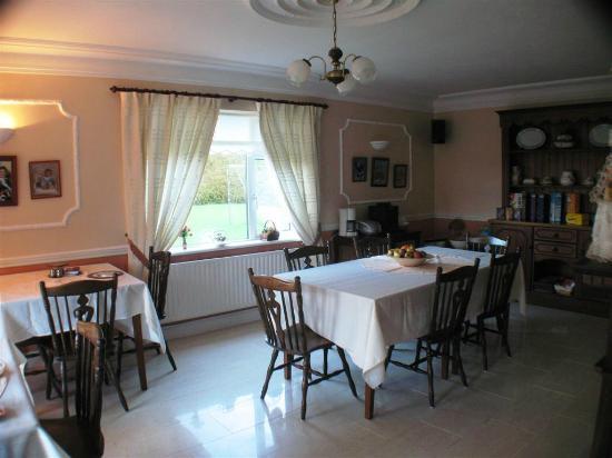 Quignalegan House: Nice Dining Room