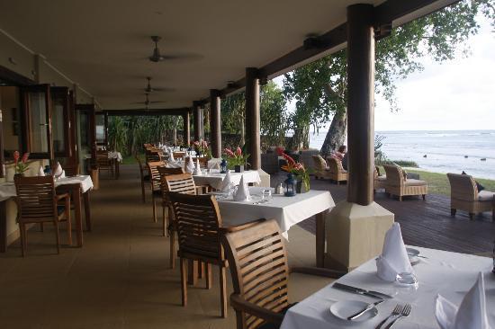Eratap Beach Resort: The restaurant - Heaven!
