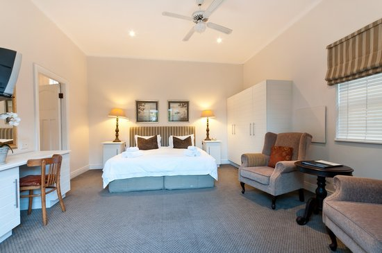 First Avenue Guesthouse: Double suite