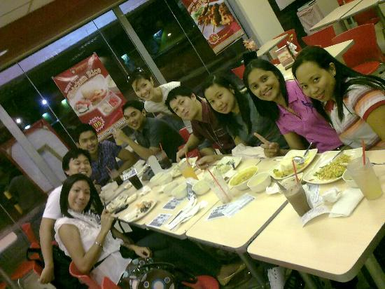 Singapore Chicken Rice: our group together
