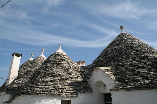 Discovery Puglia - Day Tours: Alberobello and its wonderful trulli houses