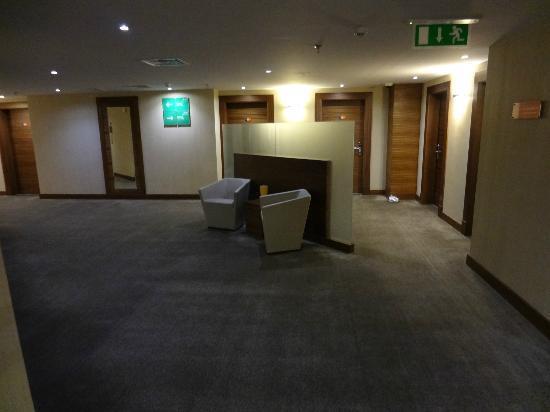 Park Inn by Radisson Al Khobar: 4th Floor