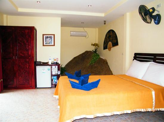 Cyana Beach Resort: In room (Double room)