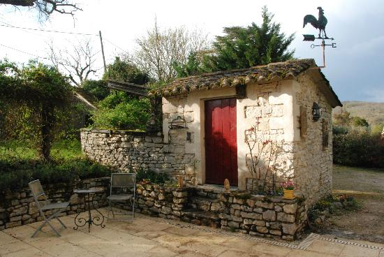 Chambres d'hotes Les Cedres de Lescaille: Les Cèdres de Lescaillé à Saint-Chamarand dans le Lot
