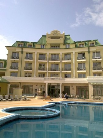 Romance Splendid and SPA Hotel: a vew from hotel