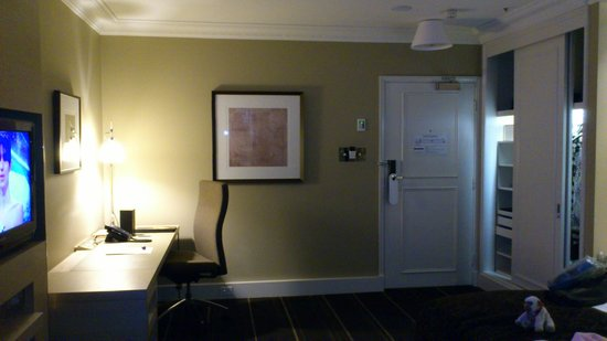 InterContinental Melbourne The Rialto: Room at Yarra end of hotel