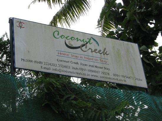 Coconut Creek Farm and Homestay Kumarakom: Name board