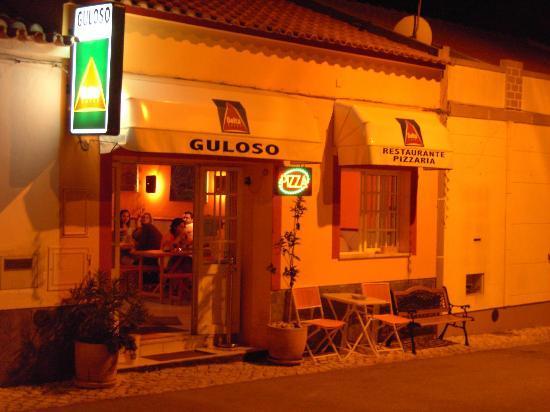Pizzaria Guloso by night