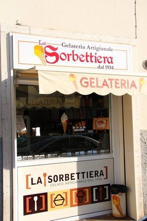 La Sorbettiera: gelateria