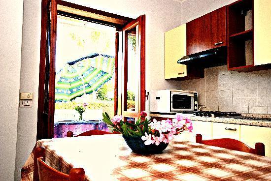 Fondachello Village : Iterno Appartamenti