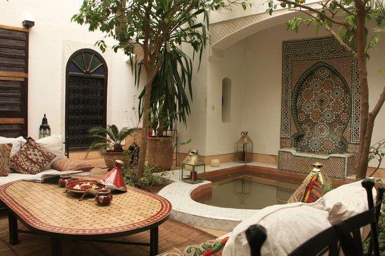 Riad Karmela: Courtyard