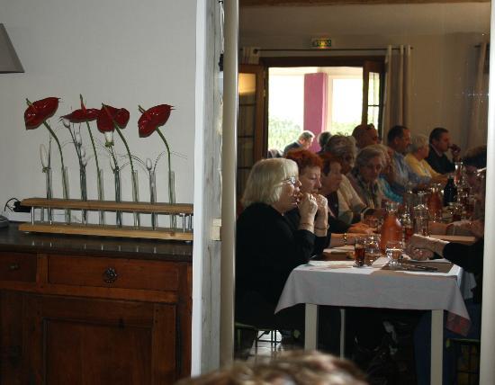 Hotel Les Ambres : tous à table
