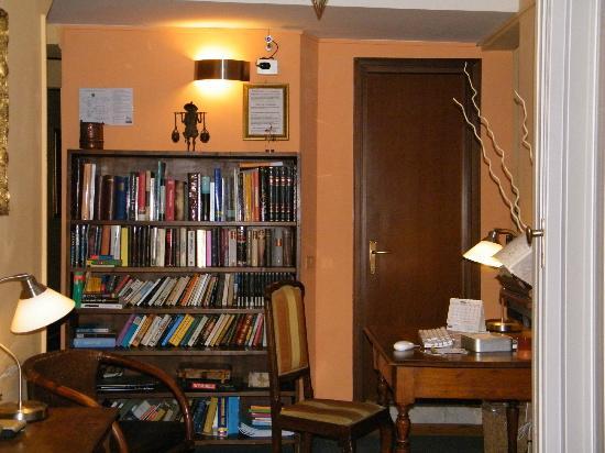 Loggia Fiorentina: Tienes un ordenador con internet para ver lo que precises