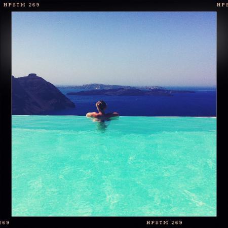 Aenaon Villas: vue de la piscine