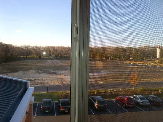 Fairfield Inn & Suites Millville Vineland: window view of unit #318
