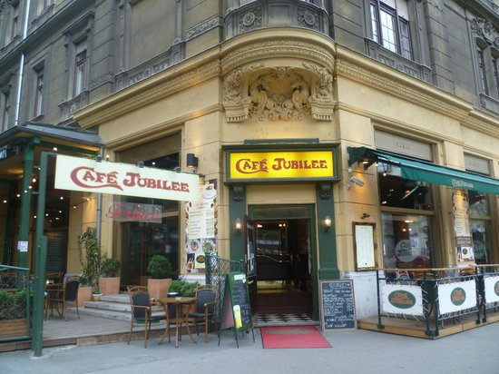 Cafe Jubilee Budapest: Cafe Jubilee - a special place!