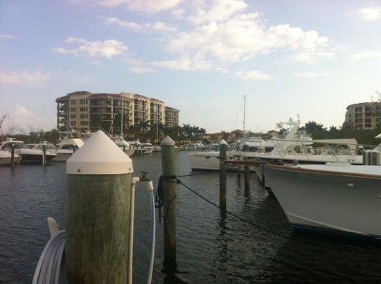 BEST WESTERN Intracoastal Inn: Yacht Club on River Walk