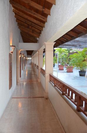 Bavaro Punta Cana Hotel Flamboyan: Patio im ersten Stock