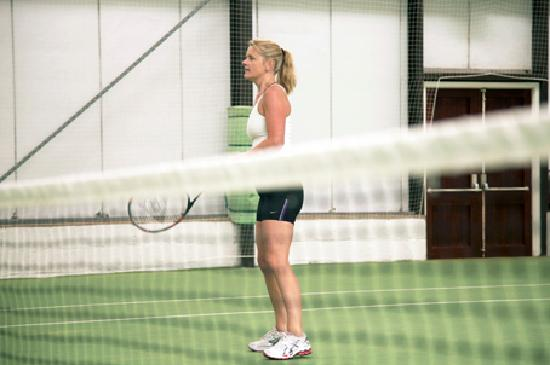 Kelly's Resort Hotel & Spa: Indoor and outdoor Tennis