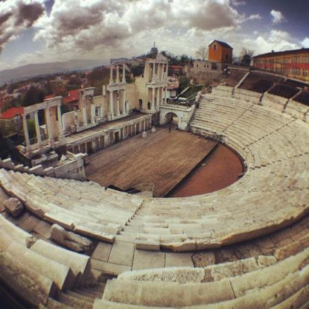 Plovdiv Roman Theatre: plovdiv's old amphitheater