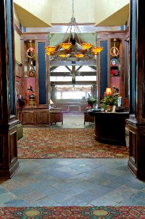 The Lodge at Old Kinderhook: Trophy Room Entrance