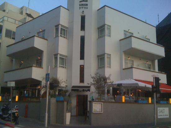 Gordon Hotel & Lounge: Bauhaus perfection