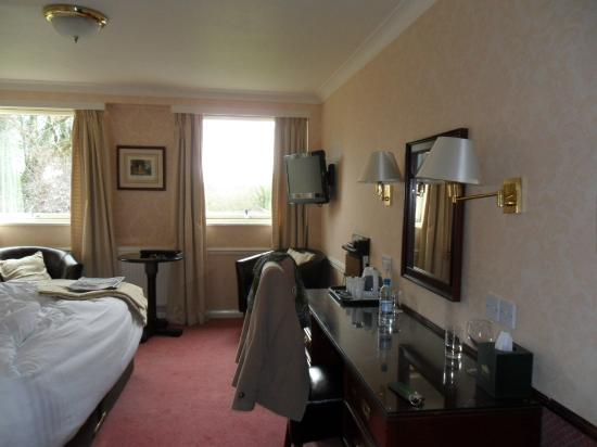 Crown Wetheral Hotel: our room (sorry a bit untidy)