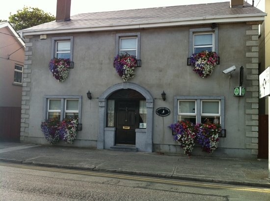Skerries, Irland: Hamilton house in bloom.