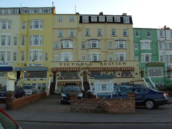 Victoria Seaview Hotel: Front of the hotel