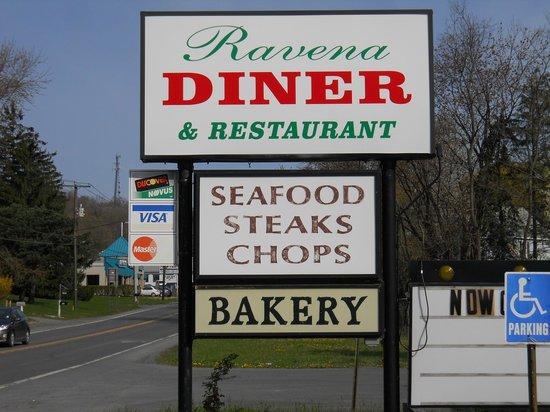 Ravena Diner & Restaurant: Diner sign