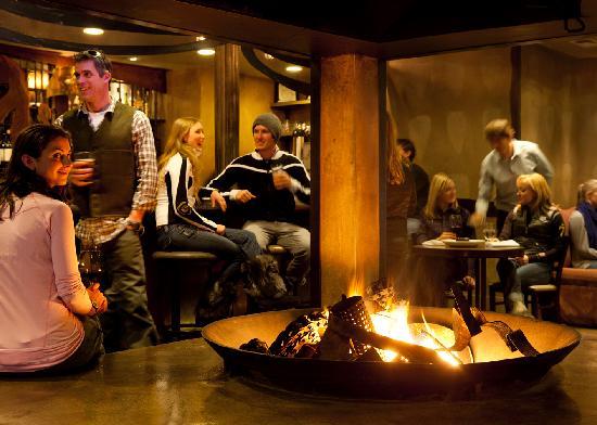 بلامب جاك سكوا فالي إن: PlumpJack Cafe Bar