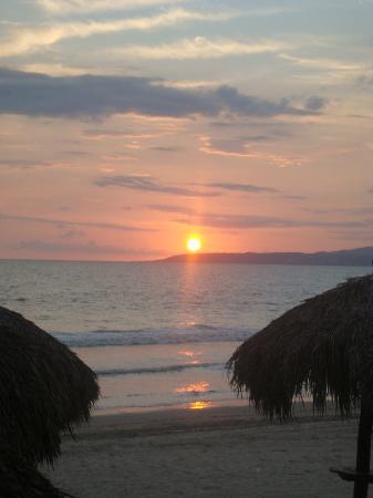 Bahia del Sol Resort: Puestas de Sol indecifrables.