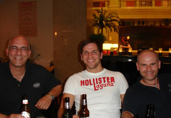 Hilton Garden Inn Indianapolis Downtown: At the hotel bar... from left: Andreas Schuck, Mark Rathke, Robert Padula