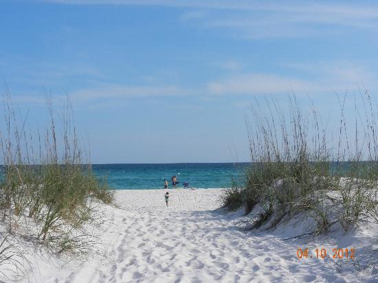 Pensacola Beach: amazing view across from Villa Sabine Bay