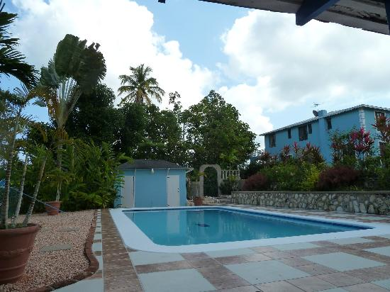 Tamarind Great House: pool