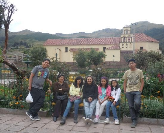 Casa de Mama Cusco 2-The Ecohouse: Visita a Huarocondo con la familia Condori