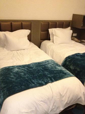 โรงแรมมาร์เวล: twin bed