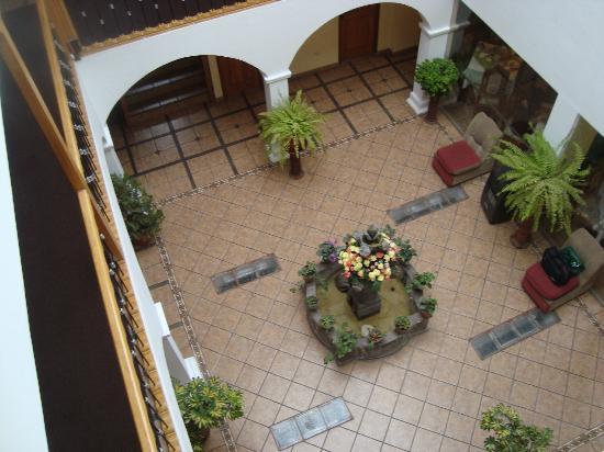 Anden Inca Hotel: vista desde el 3º piso
