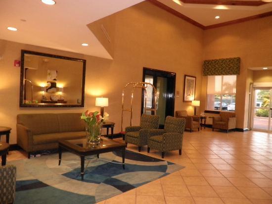 Best Western Plus Miami-Doral/Dolphin Mall: Vista del lobby