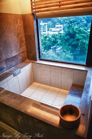 Spring City Resort: Large tub for dipping