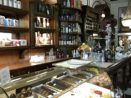 Caffe Milano: Interno del locale