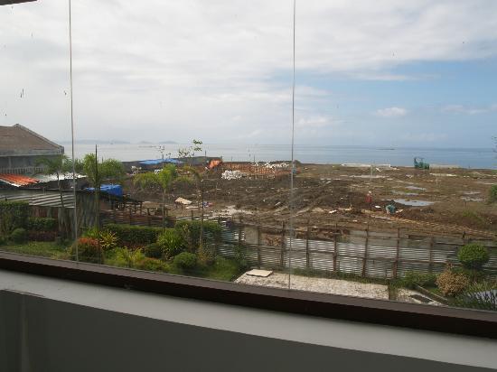 Ciriaco Hotel : the future swimming pool