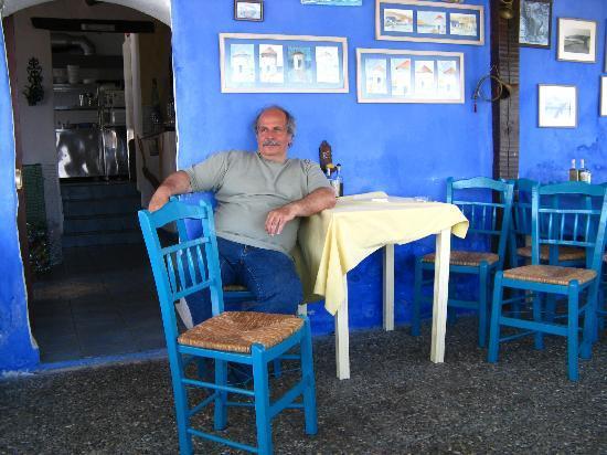 Mylos Fish Restaurant : Taki the owner