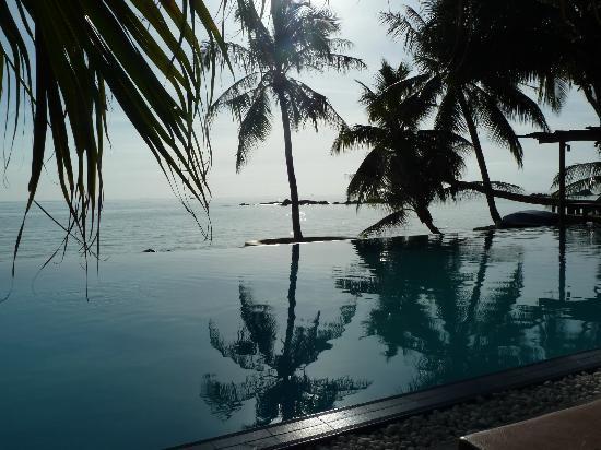 Sunset Cove Resort: Piscina hotel
