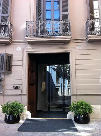 Caro Hotel: fachada