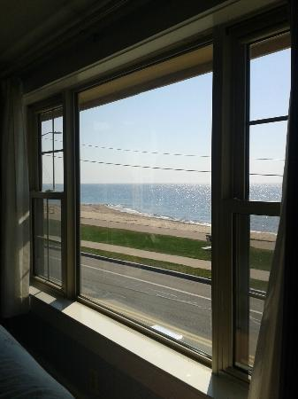 The Seaside Inn: View from King bed 2