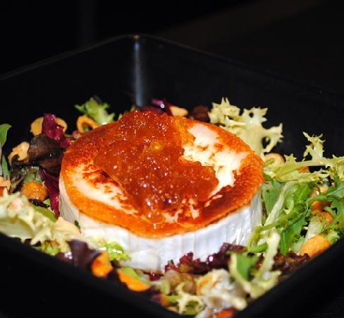 Ous i Vins: Ensalada de formatge de cabra