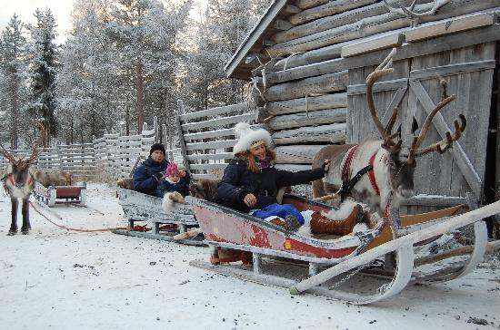 Santa Claus Holiday Village: in slitta trainati dalle renne