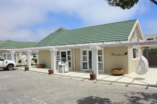 Swakopmund Guesthouse: Hotelansicht von der Straße aus